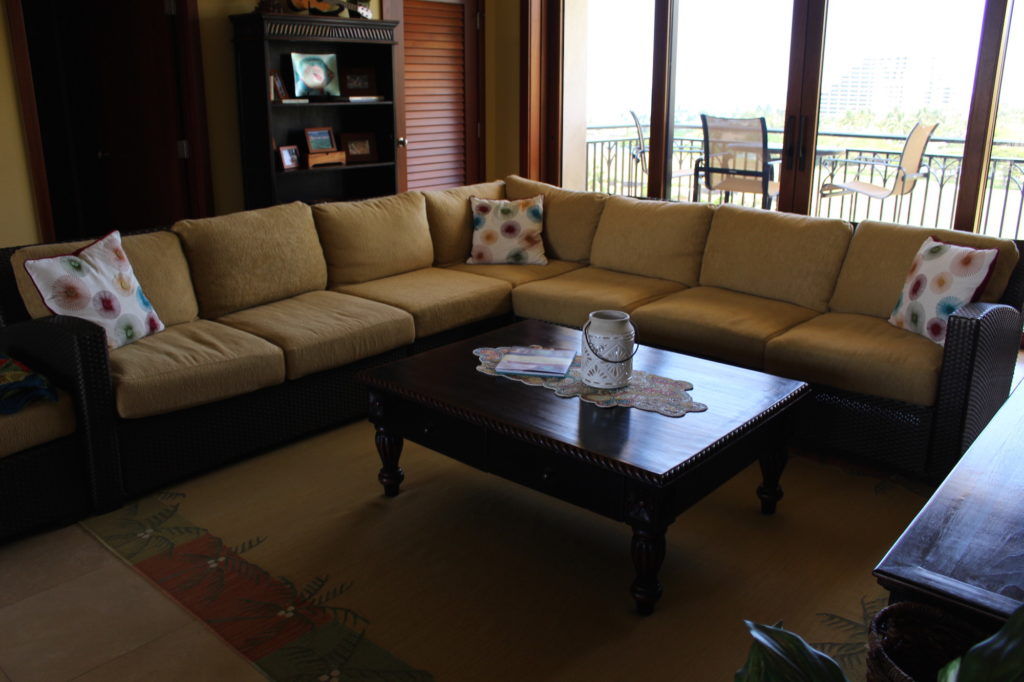 Brown Jordan Fusion 7 Seat and Ottoman Sectional w/ Sunbrella Cushions + Area Rug
